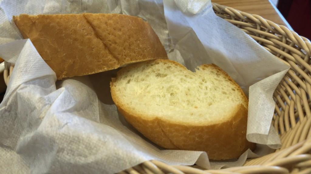 コメダ珈琲のバゲットパン