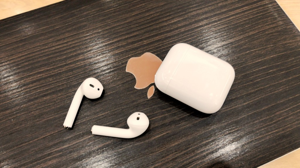 AirPodsとMacBook