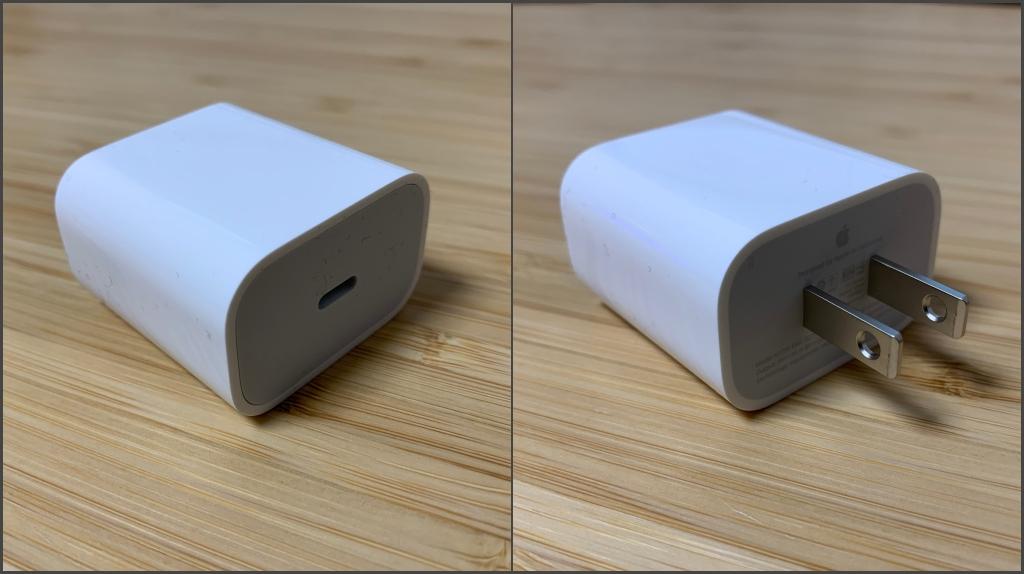 Apple 18W充電アダプタ